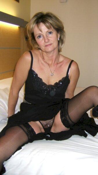 Je cherche un gars débutant qui désire une rencontre sexy